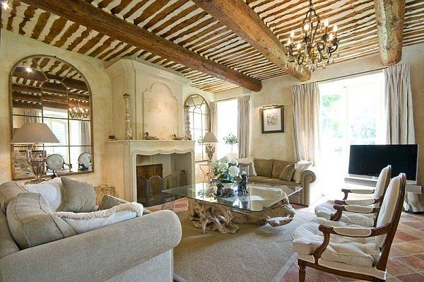 Уютный интерьер декор дома и сада леди